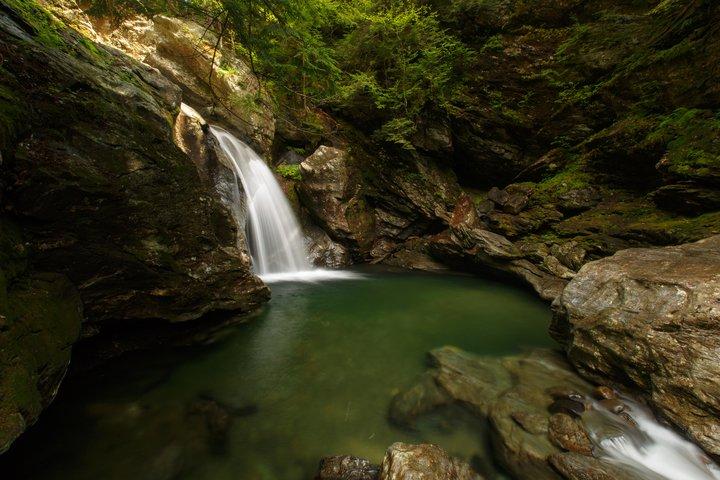 Bingham Falls Waterfall